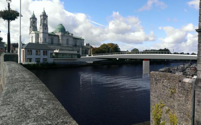 Proposed Cycle Bridge over Shannon