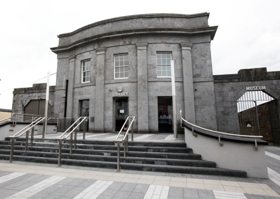 Moate library